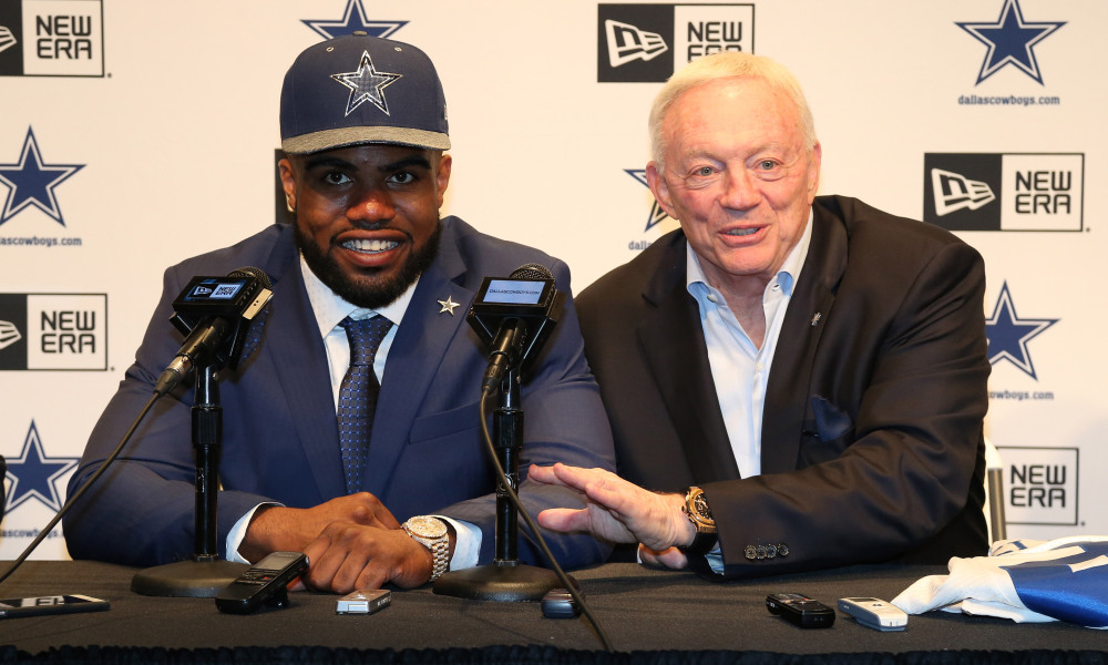 USP NFL: DALLAS COWBOYS-EZEKIEL ELLIOTT PRESS CONF S FBN USA TX