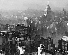 220px-view_from_st_paul's_cathedral_after_the_blitz