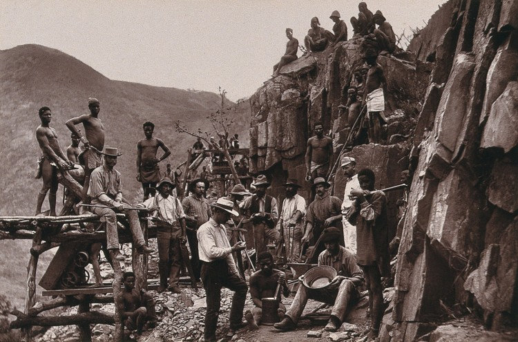 V0037925 De Kaap Gold Fields, South Africa: miners of the Republic Go Credit: Wellcome Library, London. Wellcome Images images@wellcome.ac.uk http://wellcomeimages.org De Kaap Gold Fields, South Africa: miners of the Republic Gold Mining Company. Woodburytype, 1888, after a photograph by Robert Harris. 1888 By: Robert HarrisSouth Africa illustrated by a series of one hundred and four permanent photographs. Published: 1888 Copyrighted work available under Creative Commons Attribution only licence CC BY 4.0 http://creativecommons.org/licenses/by/4.0/